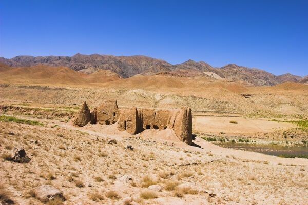 Ruined building, between Jam and Chist-I-Sharif, Ghor (Ghowr) province, Afghanistan, Asia