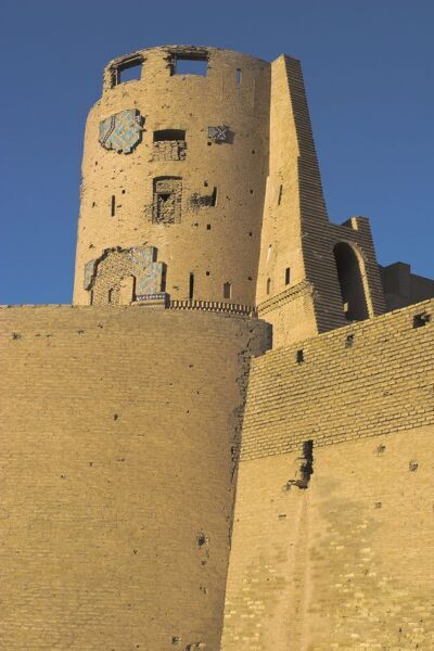 Timurid tilework on a tower of The Citadel (Qala-i-Ikhtiyar-ud-din), originally built by Alexander the Great, but in its present form by Malik Fakhruddin in 1305AD, Herat, Herat Province, Afghanistan, Asia