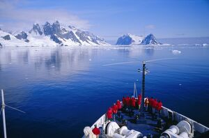 Tourists on adventure cruise, Antarctic Peninsula, Antarctica, Polar Regions