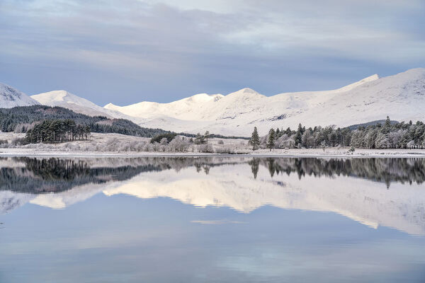 Snow, ice and a hoar frost around Loch Tulla in winter, Bridge of Orchy, Argyll, Central Highlands, Scotland, United Kingdom, Europe
