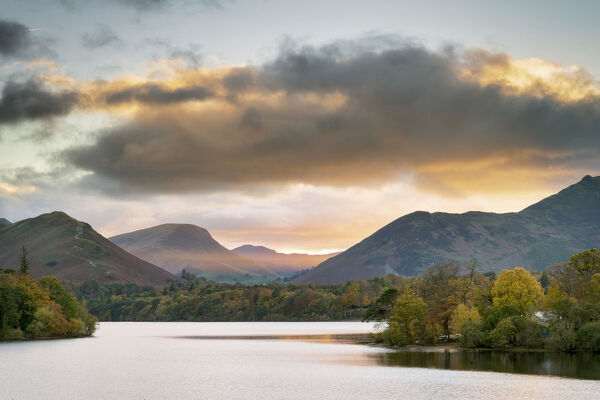 Sunset over Catbells, Derwent Water and the Newlands Valley from Keswick, Lake District National Park, UNESCO World Heritage Site, Cumbria, England, United Kingdom, Europe
