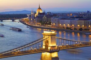 Chain Bridge, River Danube and Hungarian Parliament at dusk, UNESCO World Heritage Site