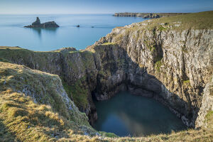 spectacular cliff scenery pembrokeshire coast